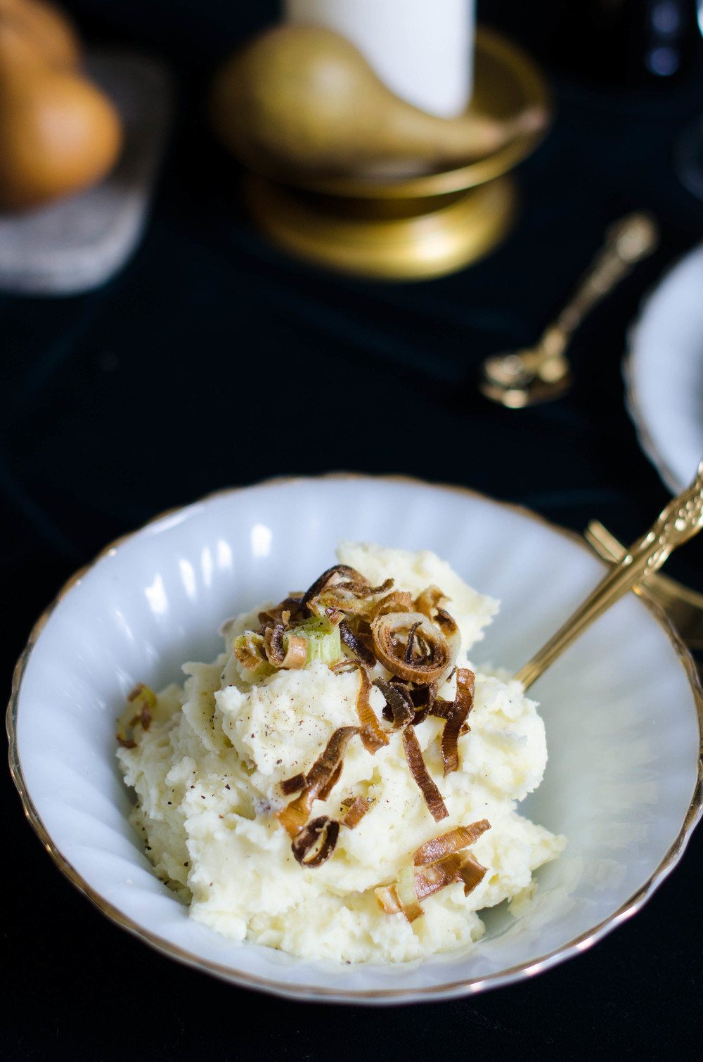 Fluffy Mashed Potatoes with Crunchy Leeks