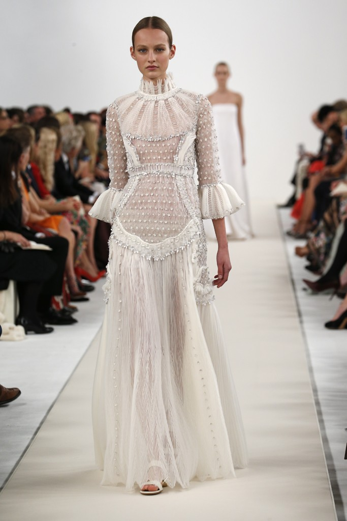 ROSE & IVY JOURNAL VALENTINO HAUTE COUTURE