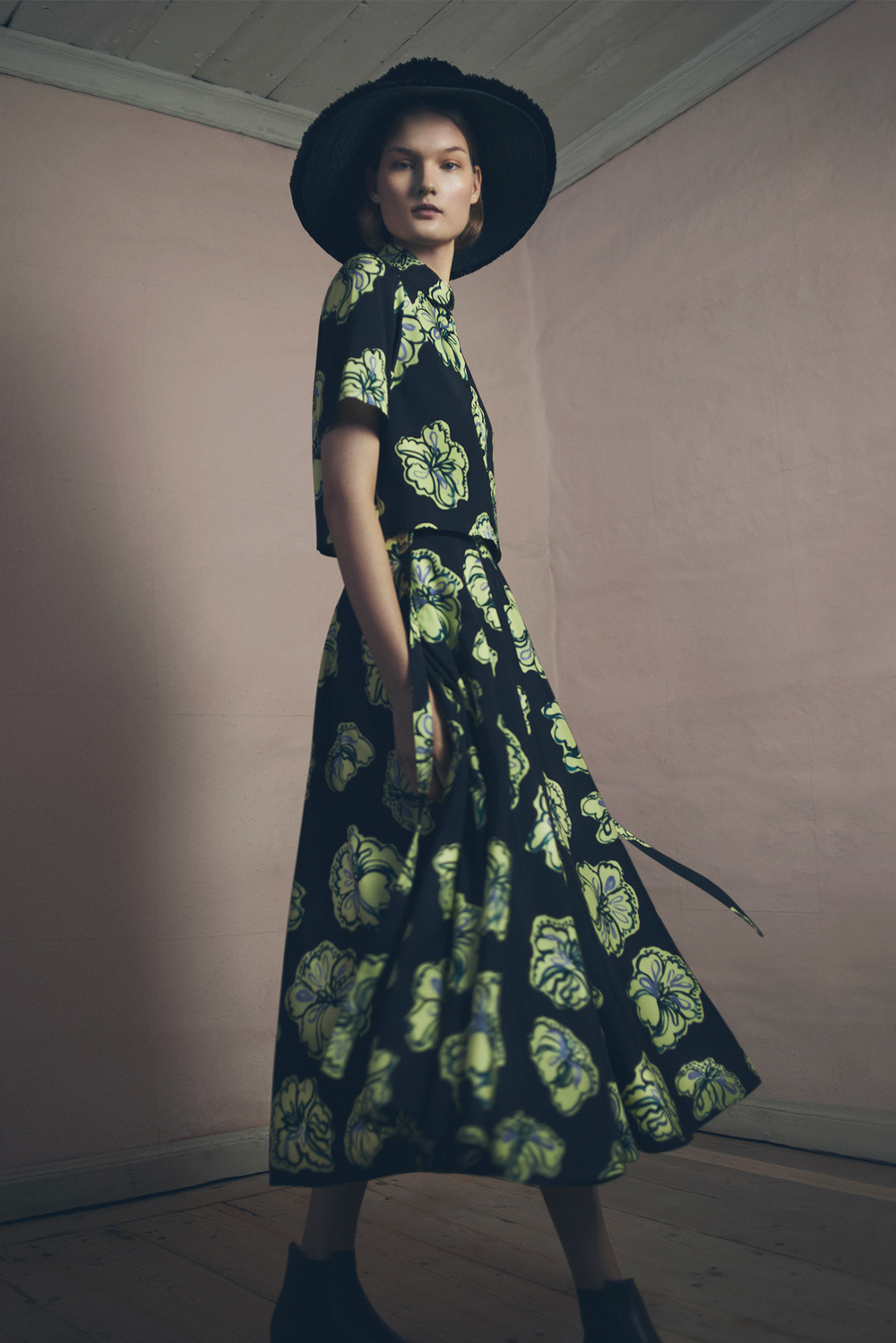 ROSE & IVY JOURNAL DESIGNER TO KNOW SAMUJI PREFALL 2015
