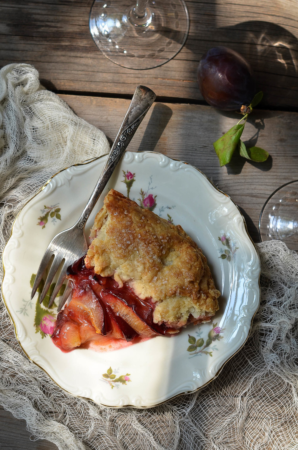 ROSE & IVY JOURNAL PLUM & ROSE TART