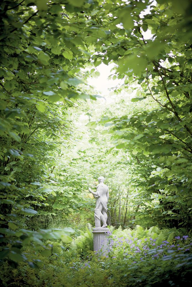 rose & ivy journal sissinghurst gardens
