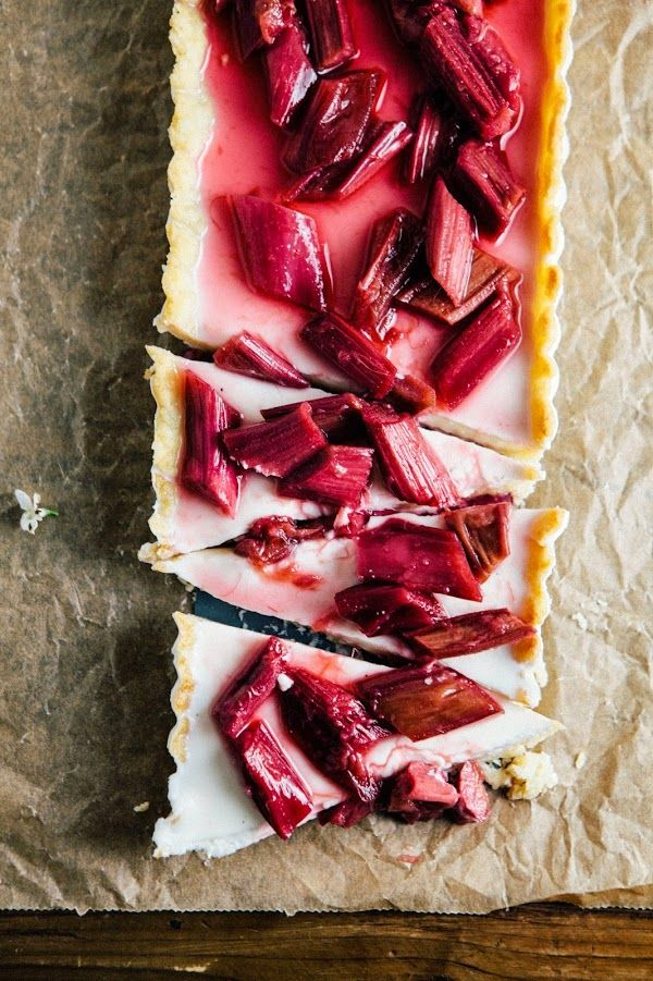 Rhubarb Panna Cotta Tart via Hummingbird Hight