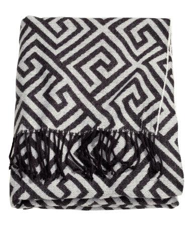 H&M Jacquard Blanket