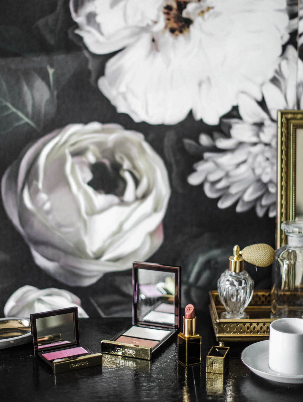 ROSE & IVY Journal On the Vanity Tom Ford Fall 2015