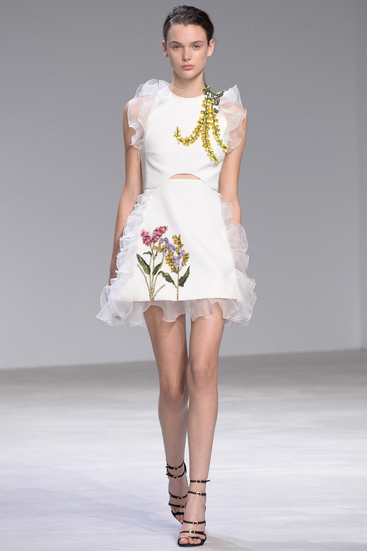 ROSE & IVY Journal Spring 2016 Couture Giambattista Valli