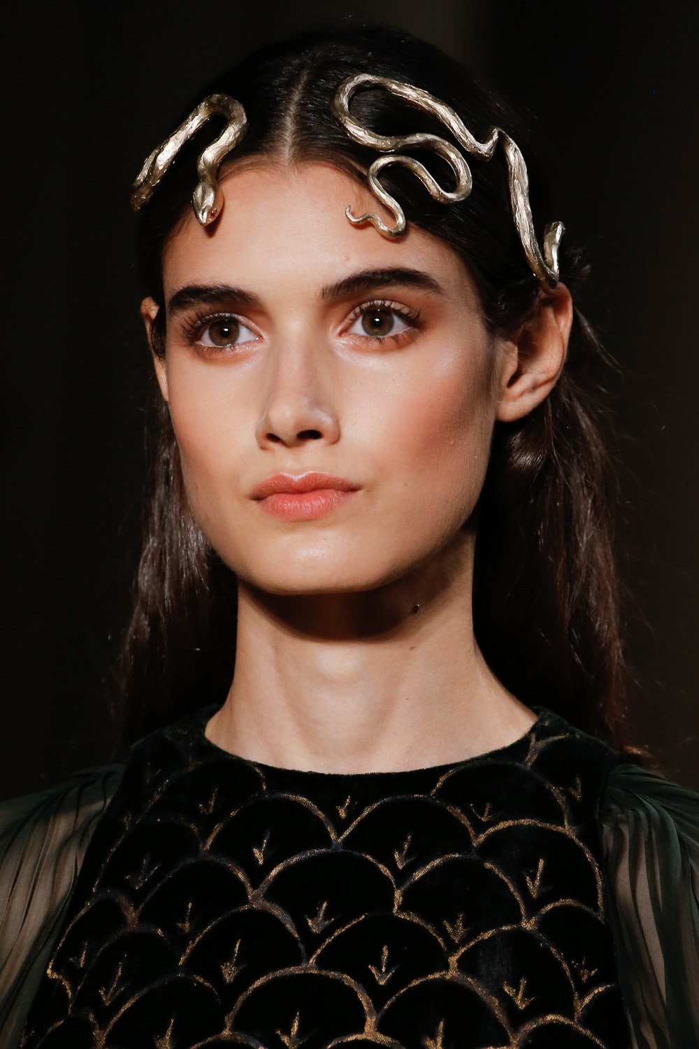 ROSE & IVY Journal A Case for Romantic Beauty | Valentino Spring 2016 Couture