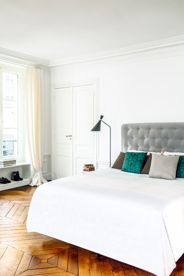 ROSE & IVY Journal A Refined Parisian Pied-a-terre
