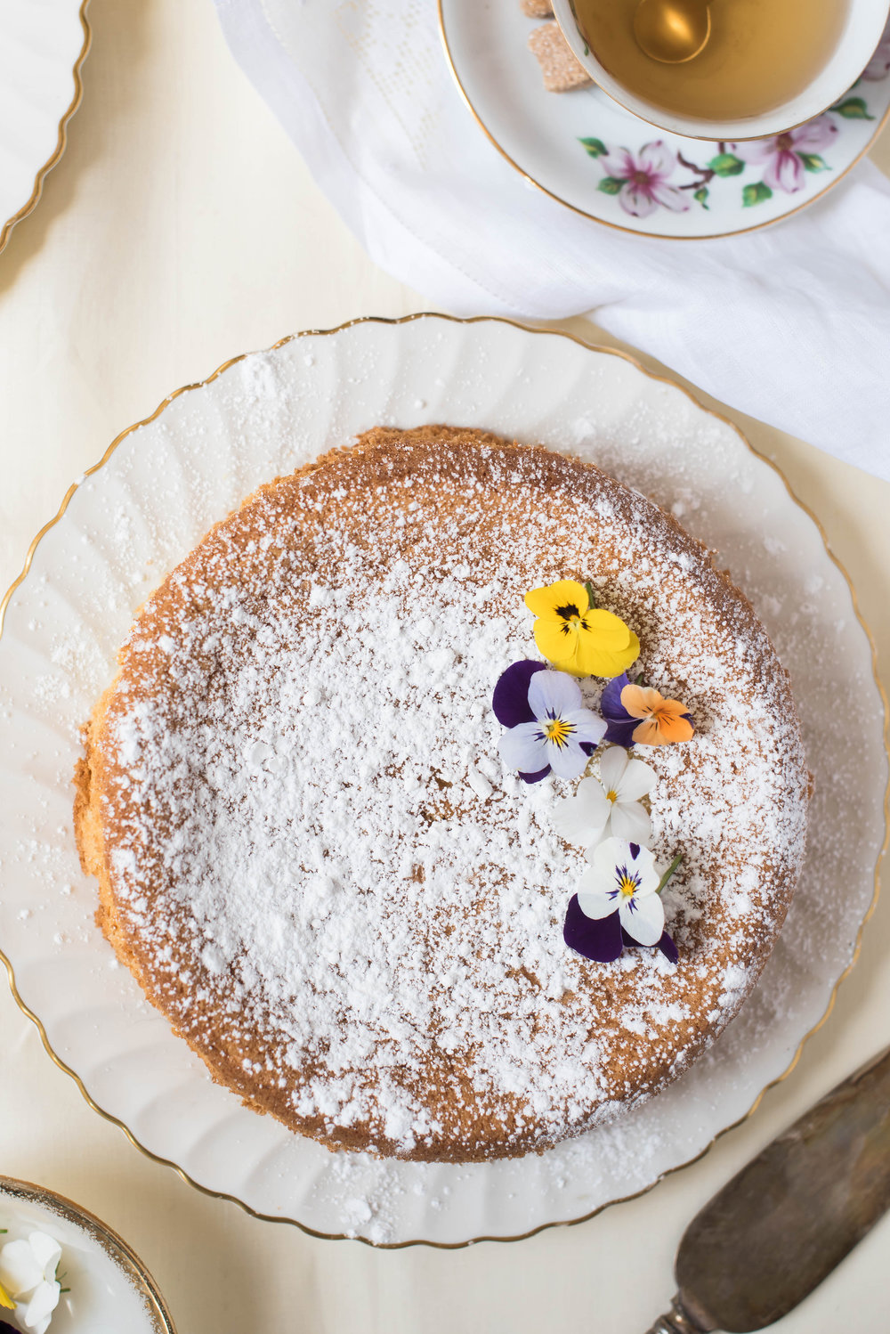 ROSE & IVY Journal Spring Celebrations Lemon Almond Cake