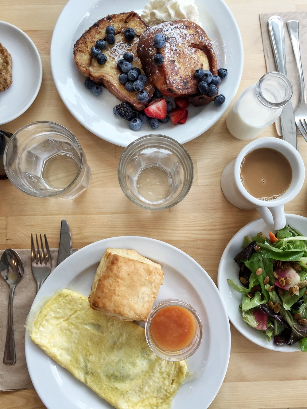 ROSE & IVY Journal Travels Escape to Northfork, Long Island What to Do & Eat Main Street Biscuit Company Jamesport