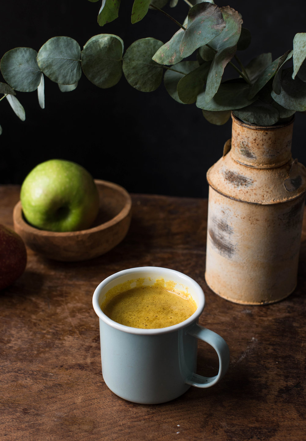 ROSE & IVY Journal Spiced Turmeric Apple Cider