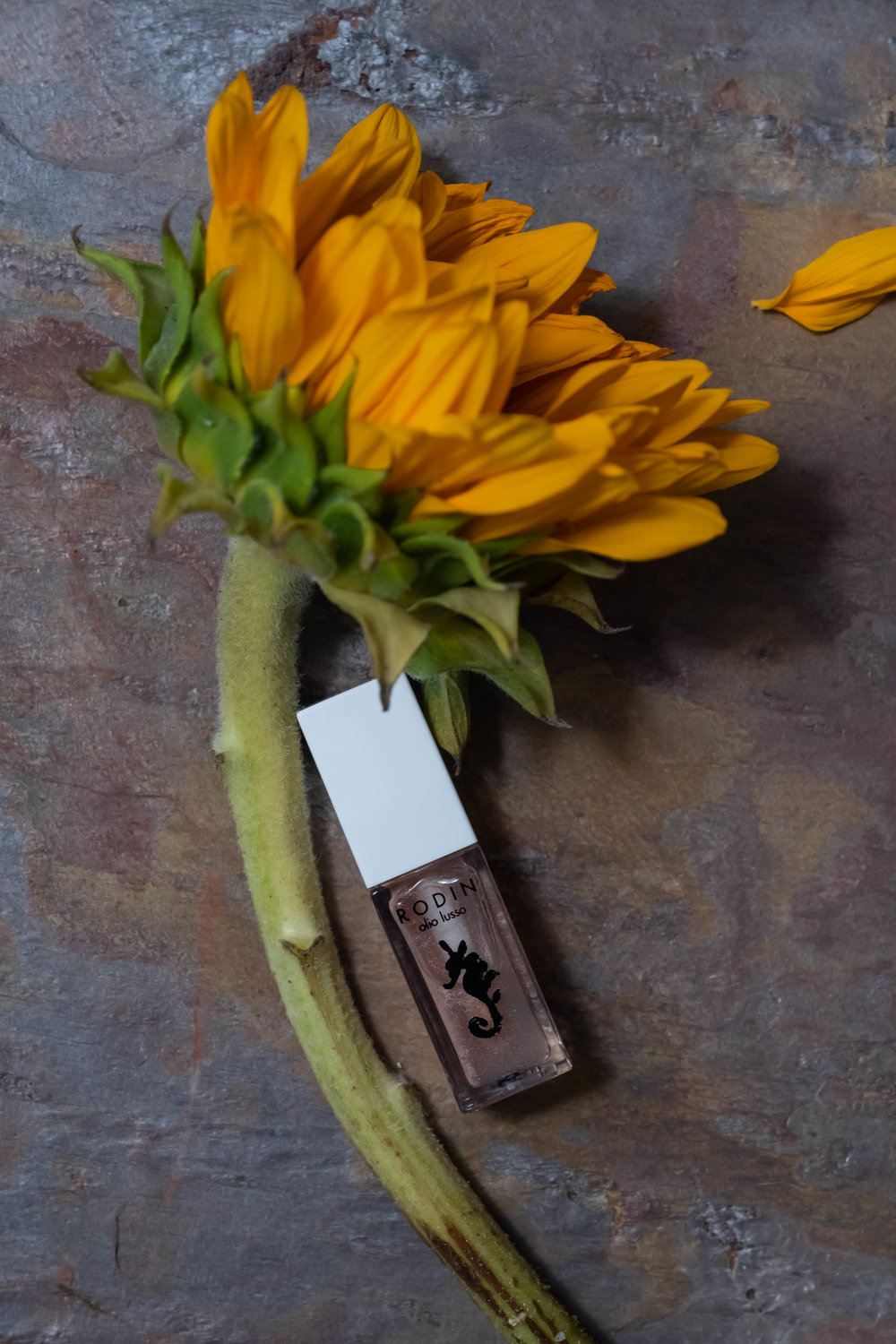 ROSE  & IVY Journal The Beauty Ingredient Sunflower Oil Rodin Mermaid Collection Luxury Lip Oils