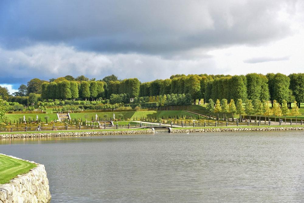 ROSE & IVY Journal Garden Dreamer   Frederiksborg Castle, Denmark