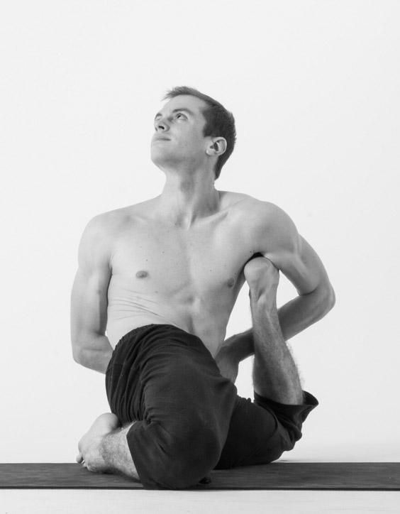 162-Yogadandasana-Jack-Cuneo.jpg