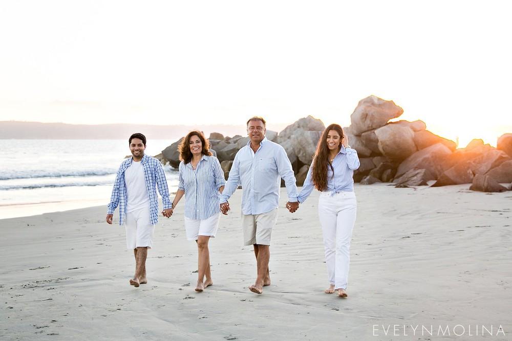 Coronado Family Portraits - Suzette Valle_0006.jpg