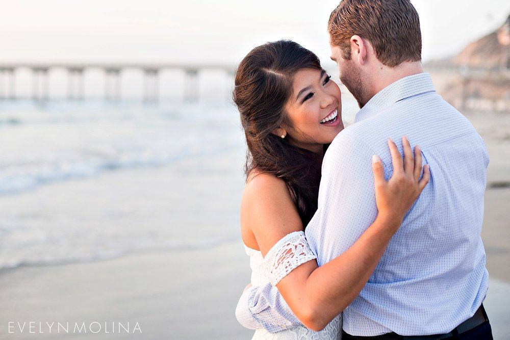 La Jolla Engagement - Evelyn Molina Photography_017.jpg
