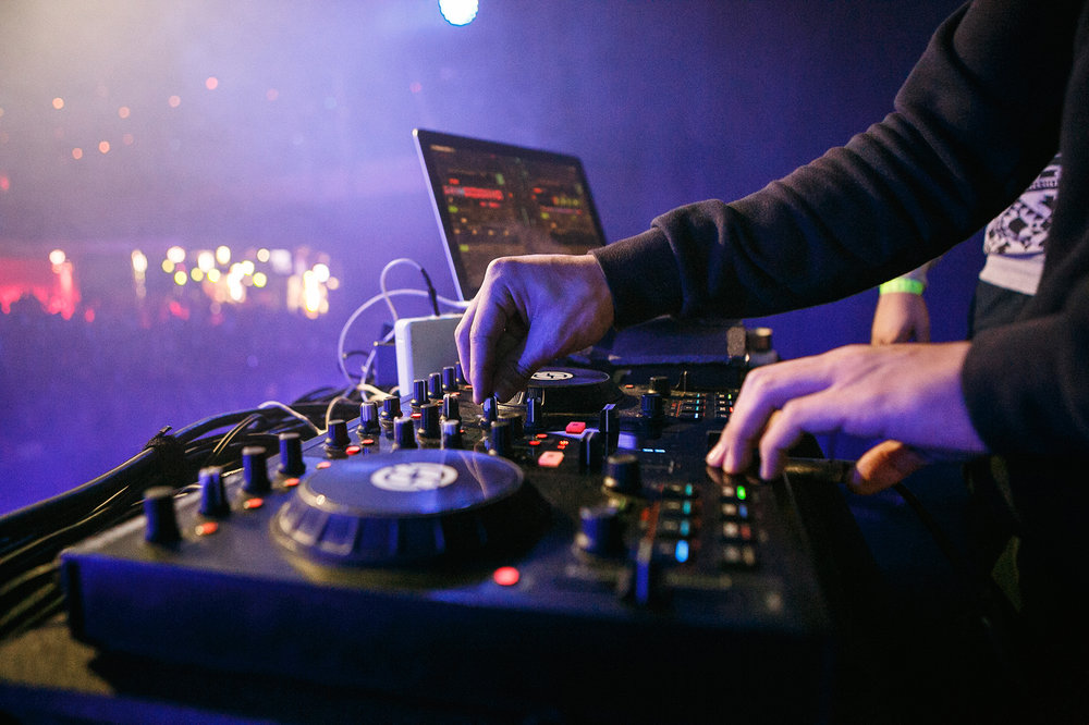 DJ image.jpg