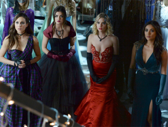 pretty-little-liars-season-5-finale-dresses-main