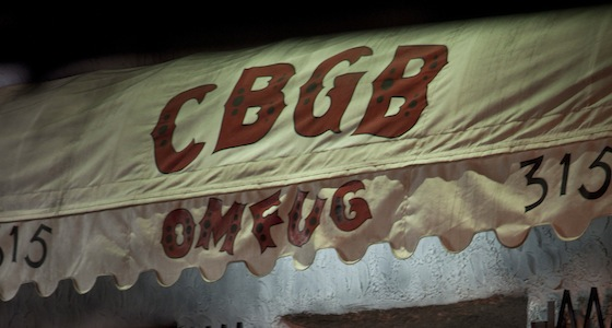 cbgb-Hilly-in-CBGB-doorway-night-photo-by-Beau-Giann-IMG_4613_rgb