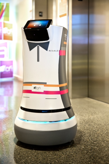 Resultado de imagen de savioke robot
