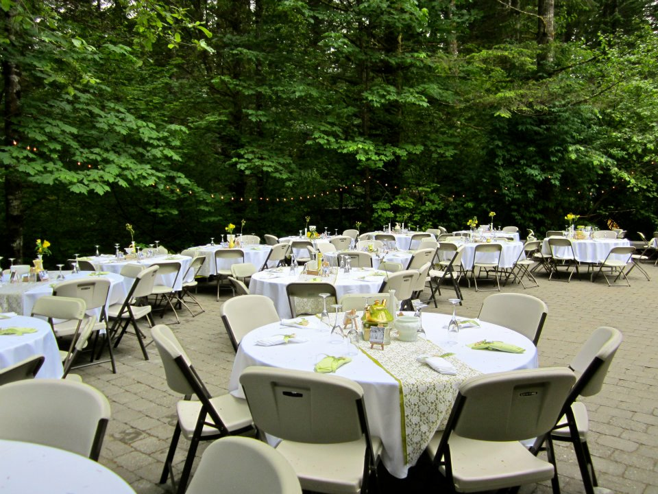 You really don't want to have to clear these tables after your wedding, do you?
