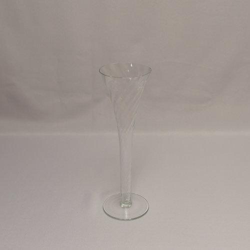 9 Swirled Trumpet Glass Vase Power Of Love