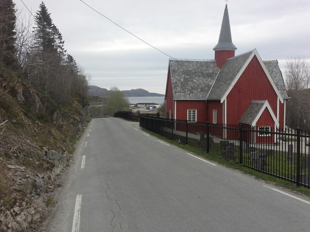 TR100 Fillan kirke (3).jpg