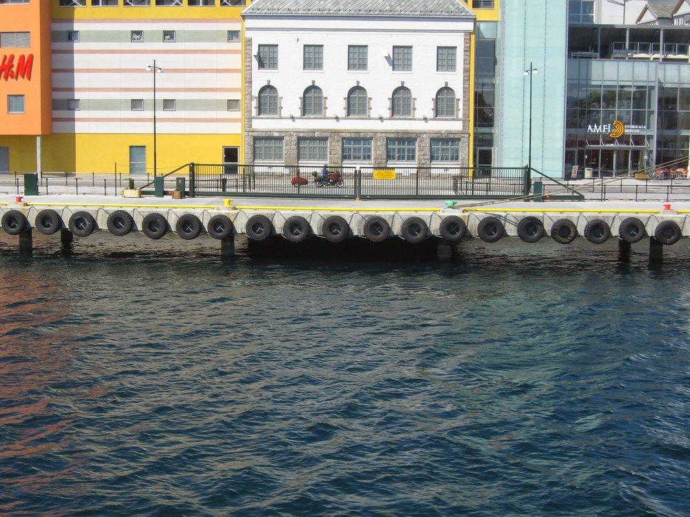 Kristiansund Havn, juni 2007 077.jpg