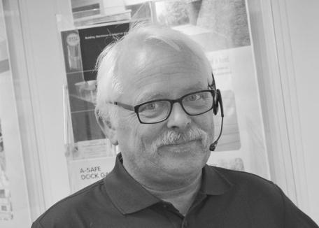 Tor-Helge Rønning er ordre, lager og logistikkansvarlig