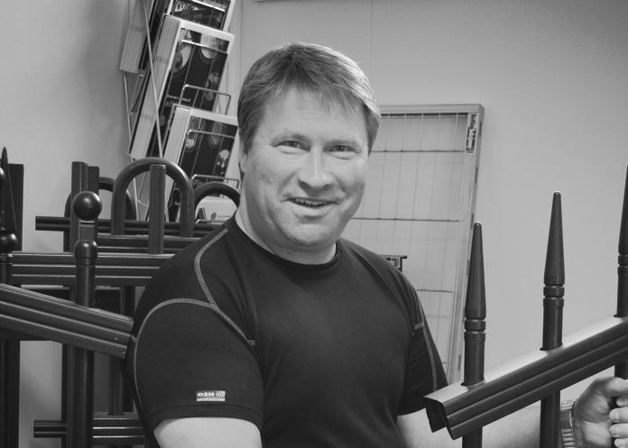Avdelingsleder - Ola Seem| Tlf. 916 34 394 | ose@foraas.noOla har vært ansatt i hele 22 år hos oss. Vi tør påstå han er en av norges fremste eksperter på fysisk sikringog montasje av dette.