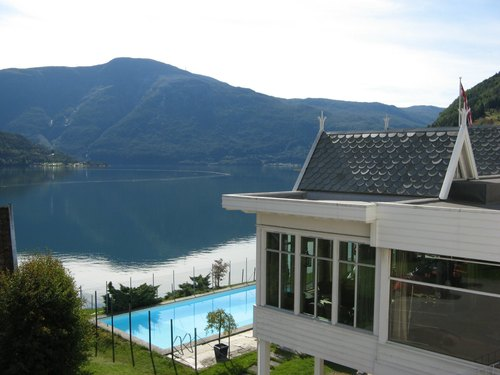 Hofslund+fjordhotel+sognefjorden+2.jpg
