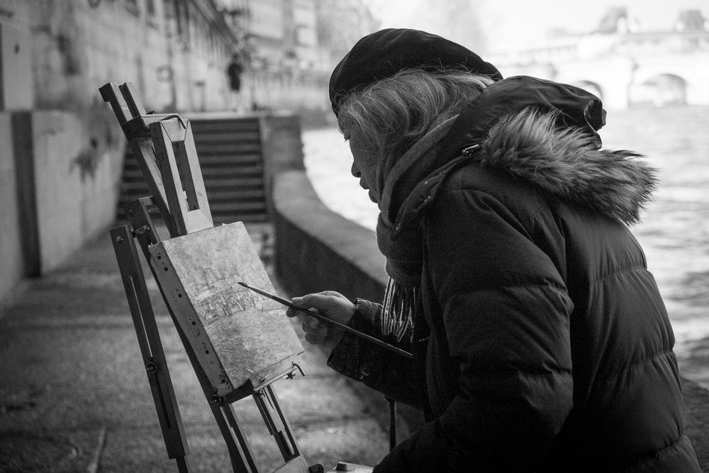 An artist by the Seine