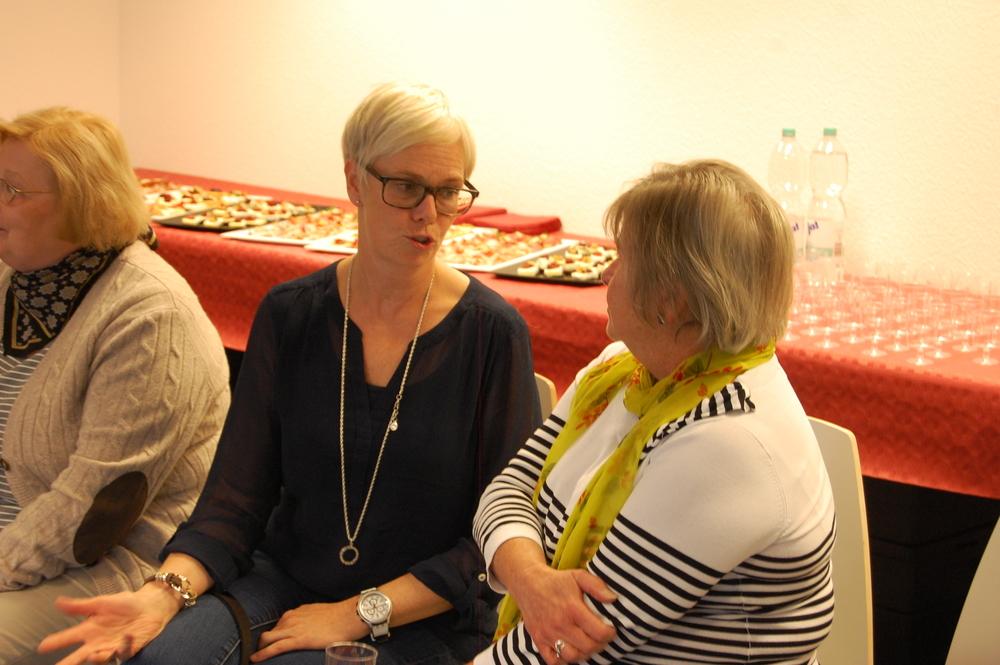 Katrin och Lena undervisar i svenska