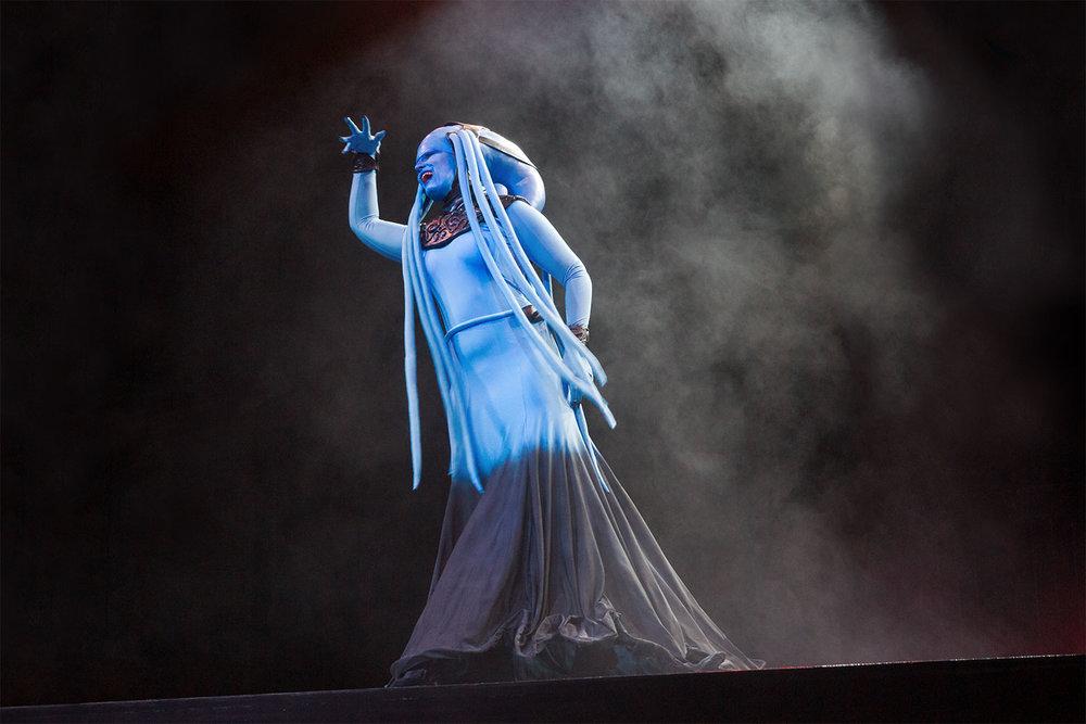 """Plavalaguna aus """"Das fünfte Element"""" belegte den dritten Platz (Einzel) im Cosplay-Wettbewerb."""