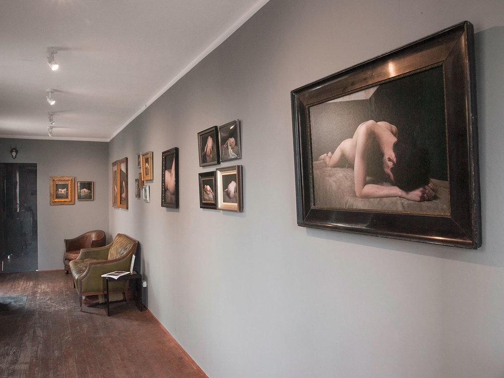 """Ausstellung """"nackt"""" von Thomas Rusch in der Galerie Silber & Salz"""