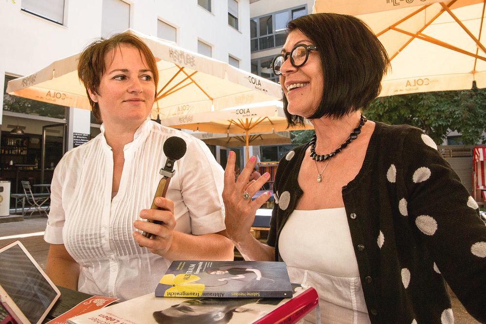 Liebe Frau Richter, herzlichen Dank für das lebendige Interview über Ihre Biografen-Arbeit.