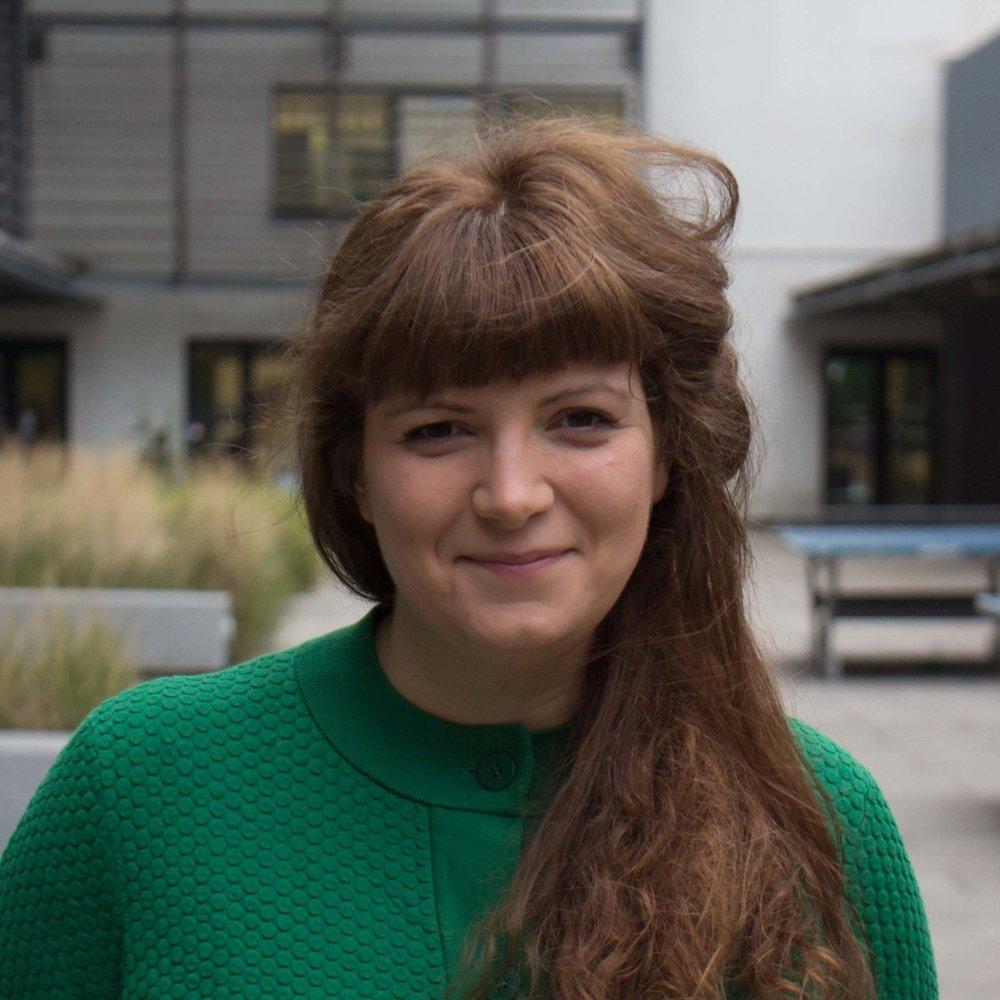 Lorraine Grout   Senior Artistic Director & Dramatherapist  ( on maternity leave )