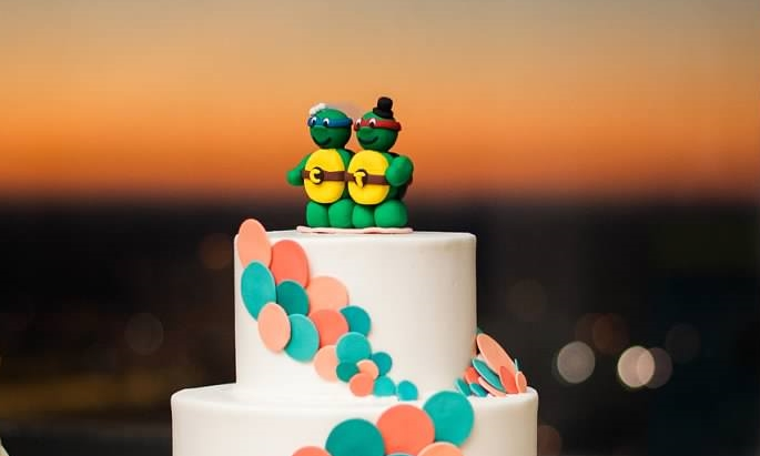 The cake topper from our wedding. I'm Leonardo and Tom is Raphael here too.