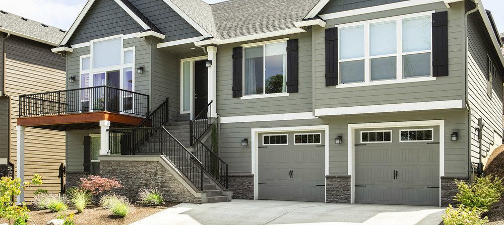 Steel-Garage-Door-9100-Sonoma-Stockbridge-home.jpg