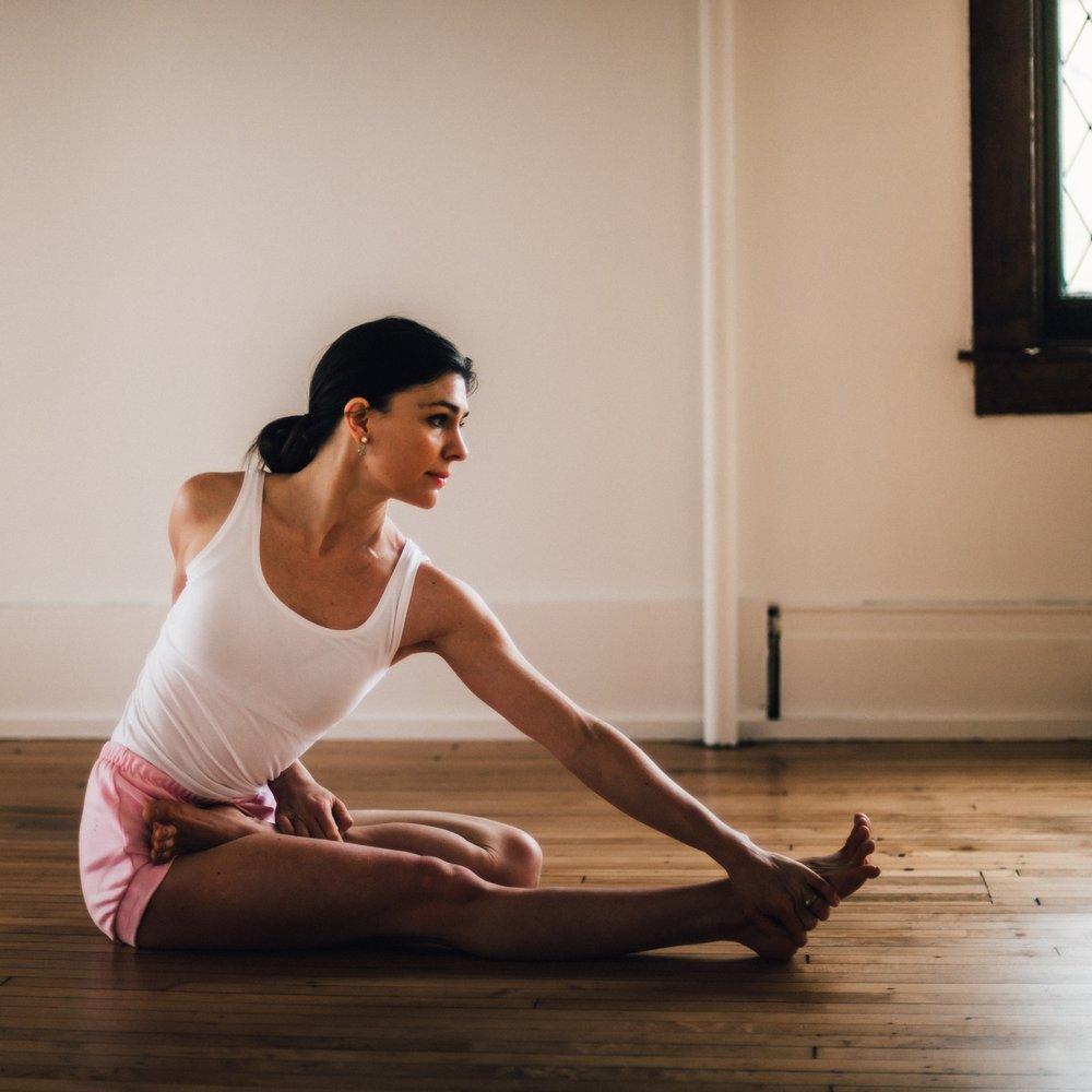 Yoga_Studio_MatthewProvoastPhotography-37.jpg