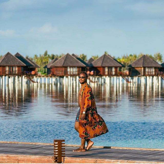 @edmswati + TRL + Maldives = 🤯 • • • • • #stylish #outfitoftheday #shoes #lookbook #instastyle #menswear #fashiongram #fashionable #fashionblog #look #streetwear #fashiondiaries #lookoftheday #fashionstyle #streetfashion #jewelry #clothes #fashionpost #styleblogger #menstyle #trend #accessories #fashionaddict #wiw #wiwt #designer #trendy #blog #hairstyle #whatiwore