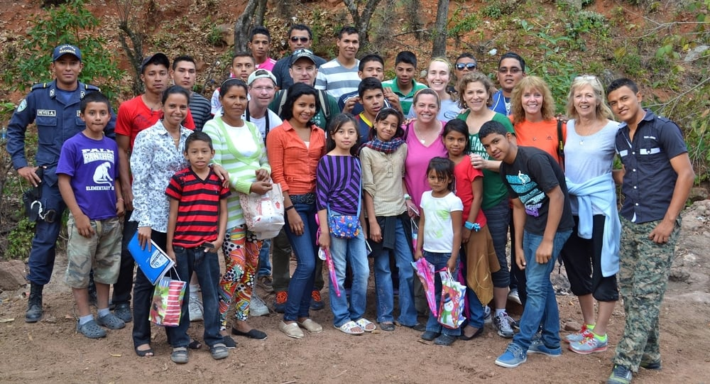 February 2015 Mission Team from IHM with Flor Azul villagers