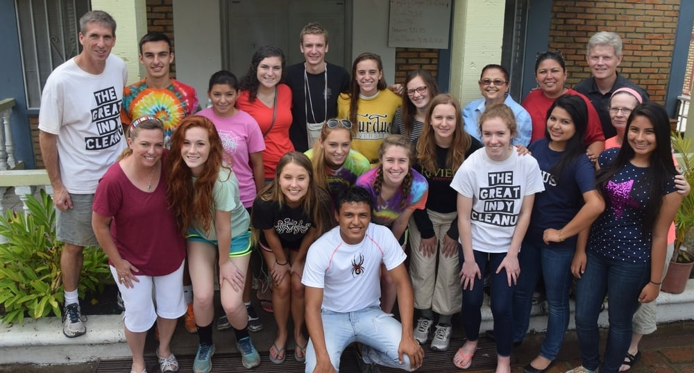The June 2015 IHM Youth mission team with our Honduran friends