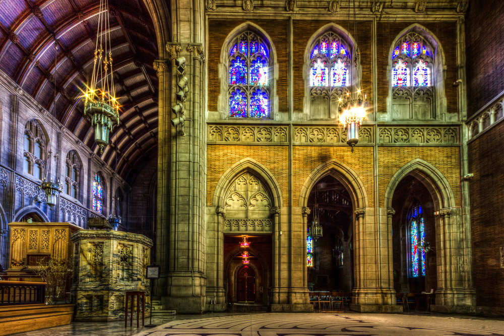 Church interiors and HDR. a marriage made in heaven.