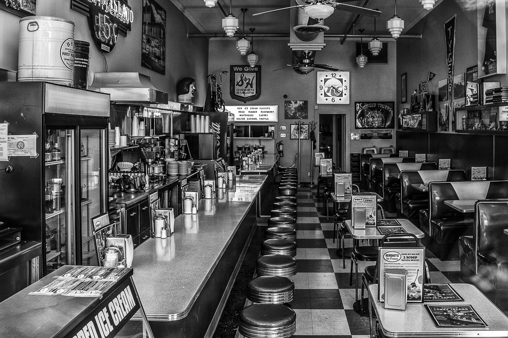 Diner Mansfield in Mono