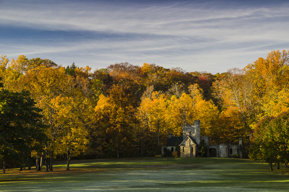 Squire's Castle Cleveland Metropark in Fall