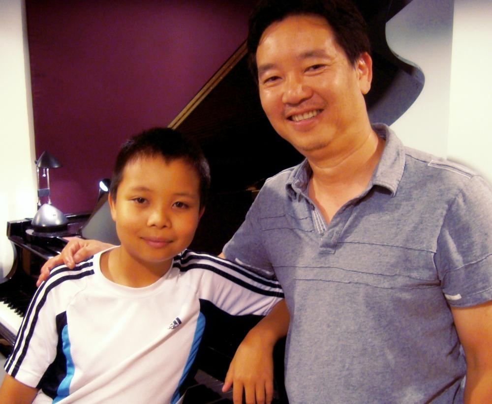 Les parents et leurs enfants parle de leurs expériences au Chapman Piano Studio, NDG, Montreal. No. 3. Photo credit. Yuuki Omori 2014.