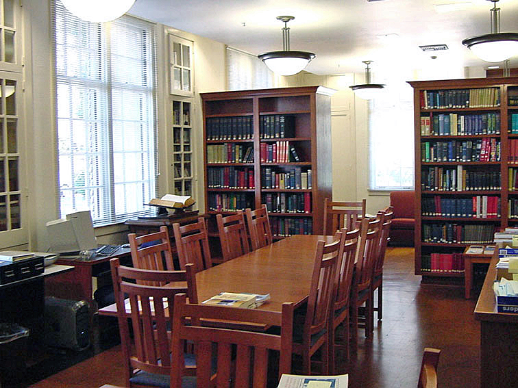 Crooshank Hall Interior1.jpg
