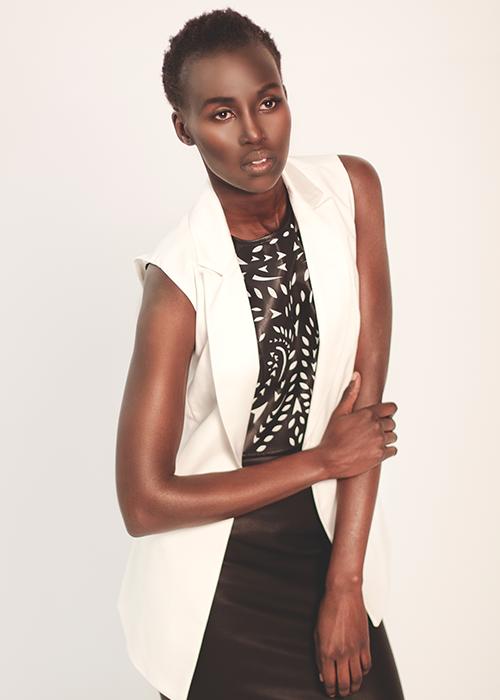 Wardrobe: White Dhalia