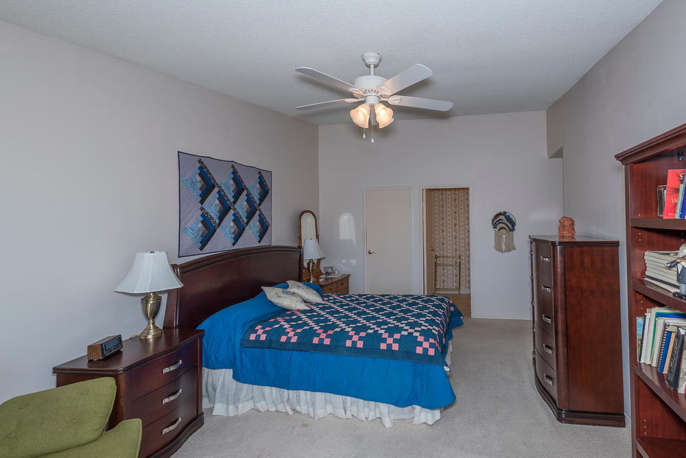 580 S Clinton St D Denver CO-large-013-17-Master Bedroom-1498x1000-72dpi.jpg