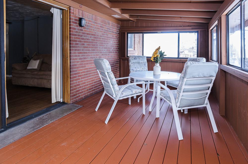 364 Xanadu St Aurora CO 80012-print-010-21-Sun Room-3600x2391-300dpi.jpg